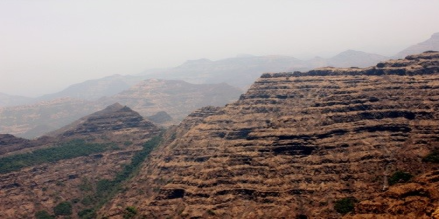 36th IGC Field Trips by GSI : FS Code No. - CR005 (Deccan Volcanic Province)